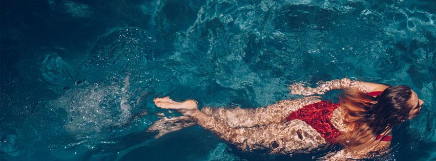 deep-end-swimming-pool-desi